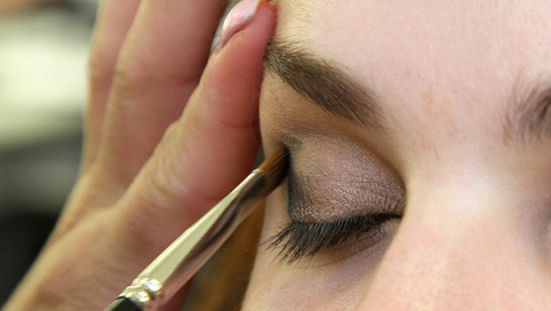 How to Apply Eyeshadow, 7 Tips
