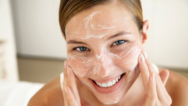 Get Rid Of Acne By Natural Remedies