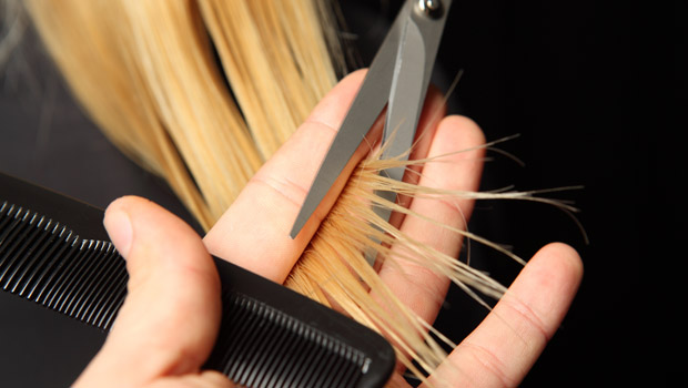 How to Get Rid of Split Ends Naturally